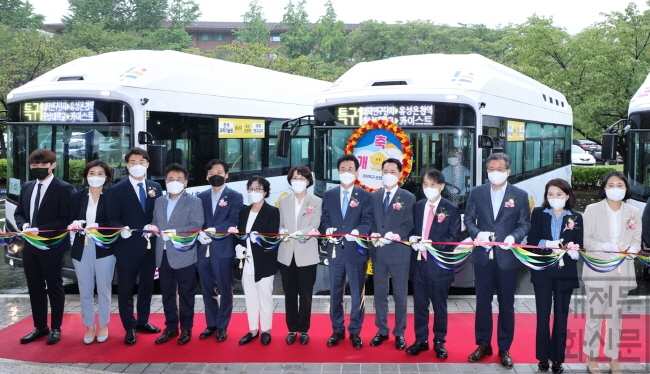[크기변환]대덕특구 순환버스'올레브(OLEV)'첫 시동03.jpg